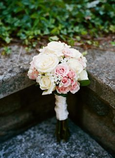 White, ivory, and light pink bouquet | Michael Ash Imagery