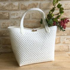 H364-688-2 Plastic Shopping Bags, Crochet Handbags, Clutch Bag, Straw Bag, Purses And Bags, Diy And Crafts, Knitting, Handmade, Fabric Purses