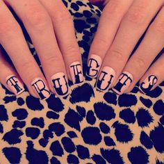 Nail set for charity! ££ goes to Crohn's and Colitis UK. * Awesome! We need these in the US!