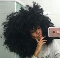 Natural hair goals not putting a time limit but I just want my hair to grow and flourish. Pelo Natural, Natural Hair Tips, Natural Hair Growth, Natural Hair Journey, Natural Hair Styles, Twisted Hair, Big Hair Dont Care, Lisa Rinna, Natural Hair Inspiration