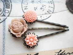bobby pin flowers - peach cream flower cabochon $14 from elinacreations on etsy