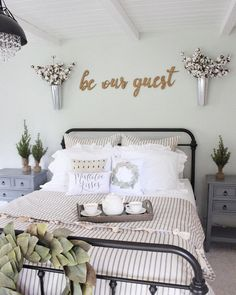 What I liked: be our guest sign if we got a two bedroom