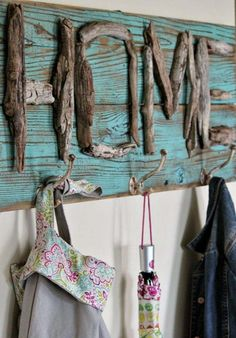Diy crafts for home decor sensible driftwood decor ideas that will transform your home driftwood crafts . diy crafts for home decor Beach Crafts, Diy Home Crafts, Diy Home Decor, Arts And Crafts, Diy Decoration, Budget Crafts, Room Decor, Decorations, Driftwood Projects