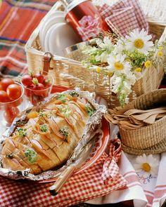 Sandwich-Brot mit Räucherlachs | http://eatsmarter.de/rezepte/sandwich-brot-mit-raeucherlachs