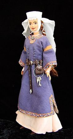 SCA Barbie! Not that we know any wee girls, but what a fun idea!