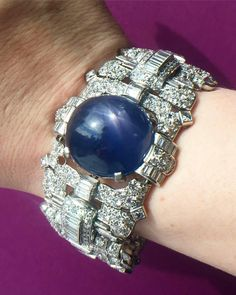 @hajewerly. We're so excited to see how this remarkable star sapphire bracelet does at auction.