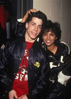Halle Berry and Danny Wood.