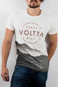 Hombre – www.urbanwear.co Camiseta Voltta -Tshirt @diego08gomez - Model @gallegoedison - Photographer