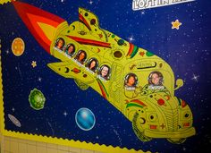 Clutter-Free Classroom: space theme