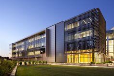 Alumni Center,© Laurence Anderson