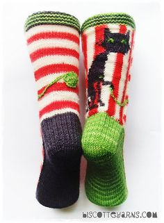 amazing cat sock pattern with en trend circus style get granny to make them for you alice Biscotte's folly pattern by Micheline Goulet for Biscotte & Cie inc. Get your free copy until December Crochet Socks, Knitting Socks, Hand Knitting, Knit Crochet, Bed Socks, Cozy Socks, Knitting Patterns, Christmas Knitting, Stockings