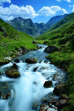 Une randonnée dans les Pyrénées, ça vous dit?