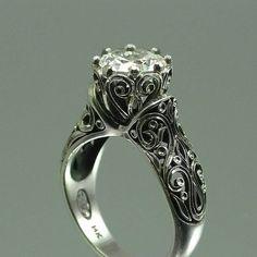 Lovely vintage engagement ring <3