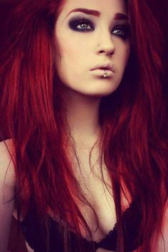 ☺Red hair.... I wanna be a rocker more then anything!!!!