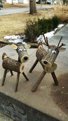 Xtra große Log Hirsche … 40 plus lbs.site Xtra big log deer … 40 plus lbs. Wood Log Crafts, Christmas Wood Crafts, Outdoor Christmas, Christmas Projects, Holiday Crafts, Christmas Decorations, Christmas Ornaments, Reindeer Decorations, Christmas Porch