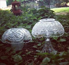 garden mushrooms made from glass vases and bowls by nina originals Garden Mushrooms, Glass Mushrooms, Flower Ornaments, Garden Ornaments, Snowman Ornaments, Glass Ornaments, Glass Garden Art, Glass Art, Garden Totems