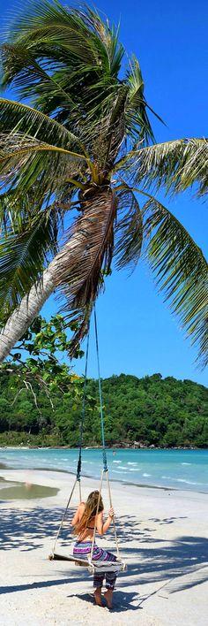 Vietnam Beautiful Beach // Island // Holiday // Summer // Karate and Caviar #Travel #Blog