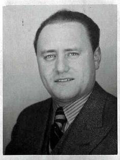 1) Dit is Walter Süskind hij is geboren op 29 oktober 1906, in Lüdenscheid en gestorven op 28 februari 1945, waar hij is doodgegaan onbekend.  Hij was een Joodse Duitser en had een goede relatie met duitse autoriteiten.   Walter heeft ongeveer 600 joodse kinderen helpen te ontsnappen aan de Jodenvervolging