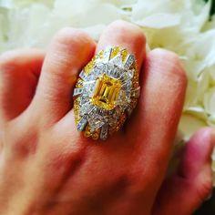 #highjewellery #vancleefandarpels #yellowdiamonds #diamondsarethegirlsbestfriend #passionforjewellery Van Cleef Arpels, Class Ring, Instagram Posts, Rings, Jewelry, Fashion, Moda, Jewlery, Jewerly
