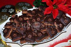 Kakaová srdíčka s čokoládou – Hančiny Sladkosti.net Christmas Candy, Christmas Baking, Czech Recipes, Kakao, Baked Goods, Frosting, Biscuits, Cheesecake, Food Porn