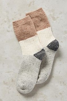 Cute comfy socks would look so cute sticking out of my brown booties! Smart Women Never Go for Borin Comfy Socks, Cute Socks, Baby Socks, Looks Style, My Style, Look Fashion, Womens Fashion, Brown Booties, Brown Socks