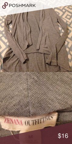 ZENANA OUTFITTERS gray cardi Super cute and girly gray cardi! This cardigan goes great with some skinnies, or work outfit!😍 Zenana Outfitters Sweaters Cardigans