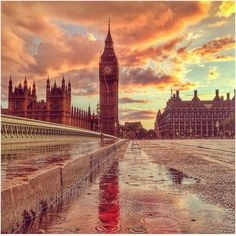 Beautiful #London!  Make a reservation here > http://bit.ly/17mQVDH