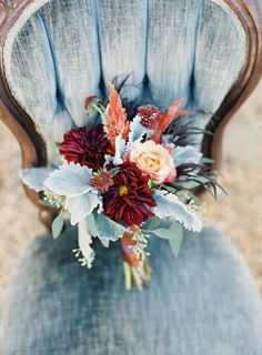 fall wedding palette #bouquet #fancy  http://www.weddingchicks.com/2014/02/14/bold-meets-soft-fall-wedding-inspiration/