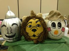 Wizard of Oz themed painted pumpkins for the Giant Pumpkin Festival in Elk Grove, California during the first weekend in October! Halloween Costumes Scarecrow, Cute Halloween, Holidays Halloween, Halloween Pumpkins, Halloween Crafts, Halloween Decorations, Scarecrow Ideas, Pumpkin Decorations, Pumpkin Books
