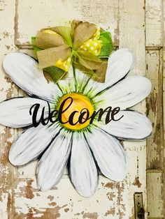 Excited to share the latest addition to my shop: Daisy flower door hanger Painted Doors, Wooden Doors, Painted Signs, Door Hanger Template, Burlap Door Hangers, Wooden Flowers, Wood Cutouts, Front Door Decor, Wooden Crafts