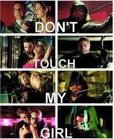 Oliver and Felicity Arrow Oliver And Felicity, Oliver Queen Arrow, Felicity Smoak, The Flash, Newt Thomas, Dean Castiel, Arrow Memes, Arrow Funny, Flash Funny