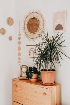 Cute Room Ideas, Cute Room Decor, Boho Bedroom Decor, Boho Room, Room Ideas Bedroom, Bohemian Bedroom Decor, Wall Decor Boho, Bohemian Apartment Decor, Boho Wall Hanging