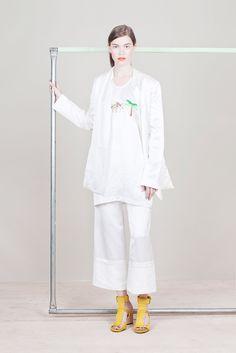Zero   Maria Cornejo Resort 2015 Fashion Show - Eliza Hartmann