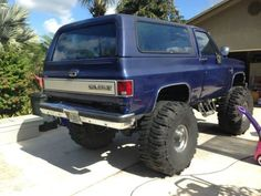 Purchase used 1988 Chevy K-5 Silverado Blazer Monster Truck, Mud ... Just Ten Years Off From My Dream Truck's Year...