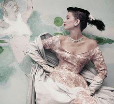 Suzy Parker - Balenciaga, 1953  Photo by John Rawlings