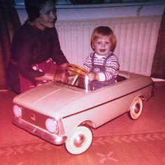 Minun eka auto. My first car. #grandma #toycar #fb #tb