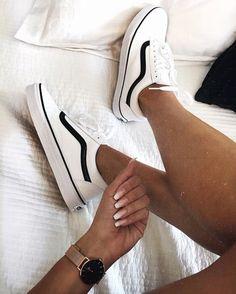 @patriciafurivai #tennisshoes