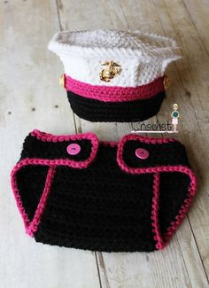 Crochet Marine Corps Dress Blues Cover and Diaper Cover set, Baby Girl Hat, Pink Baby Hat Photography prop; of course for baby boy, replace pink w/ blue! Baby Set, Baby Kostüm, Baby Kind, Marine Corps Dress Blues, Usmc Dress Blues, Crochet Bebe, Crochet For Kids, Crochet Hats, Free Crochet