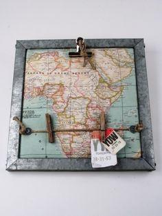 Memobord met wereldkaart van thuis met Moon via http://nl.dawanda.com/