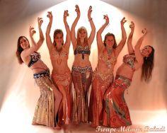 Troupe Mélanie Baladi 2016. Photo danse orientale avec sagattes