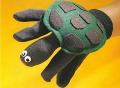 Garden Glove Turtle Puppet. #storytime #prop