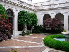 Inner Courtyard, Freer Museum of Art, Smithsonian Institution Freer Gallery, Free Museums, Renaissance Fashion, Art And Technology, Topiary, American Artists, Asian Art, Garden Inspiration, Washington Dc