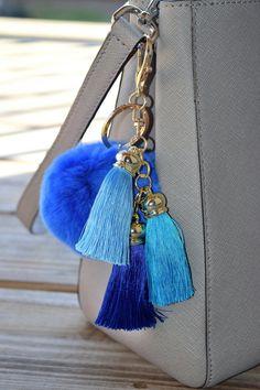 8.99$  Watch here - http://villl.justgood.pw/vig/item.php?t=h2z50a22645 - Rabbit Fur Pom Pom Keychain, Fur Pom Pom, Fur Ball Keychain, Gold Keychain, Pom 8.99$