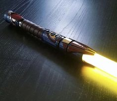 Man of Steel Saber Star Wars Jedi, Rpg Star Wars, Nave Star Wars, Star Wars Fan Art, Star Wars Concept Art, Lightsaber Design, Custom Lightsaber, Lightsaber Hilt, Star Citizen