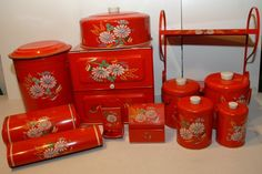 Red Ransburg Metal Kitchen Set with canisters breadbox trash wax paper foil 1940s Kitchen, Red Kitchen, Vintage Kitchen Decor, Kitchen Sets, Vintage Decor, Kitchen Things, Vintage Canister Sets, Vintage Tins, Vintage Dishes
