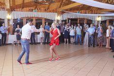 Esküvő a Forster vadászkastélyban standup-al! - Esküvői fotós, Esküvői fotózás, fotobese Stand Up, Ale, Get Back Up, Ale Beer, Ales, Beer