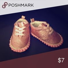 Infant Crib Sneakers Pink with shimmer and pink pearls on edge Primark Shoes Baby & Walker