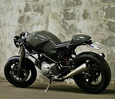 Ducati monster Cafe Racer                                                                                                                                                                                 Plus