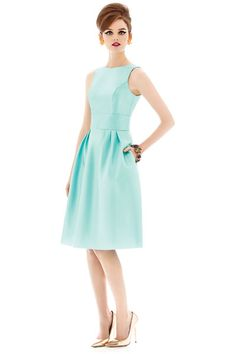 Now Trending: Mod themed wedding - Jackie O style short bridesmaid dress