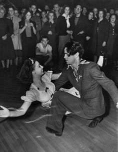 Swing vintage style war era dress suit lindy hop photo action pic dance circle found photo girl in white dress men's suit hair shoes shirt open collar Swing Dancing, Ballroom Dancing, Shall We Dance, Lets Dance, Tango, Vintage Dance, Vintage Style, Dance It Out, Lindy Hop